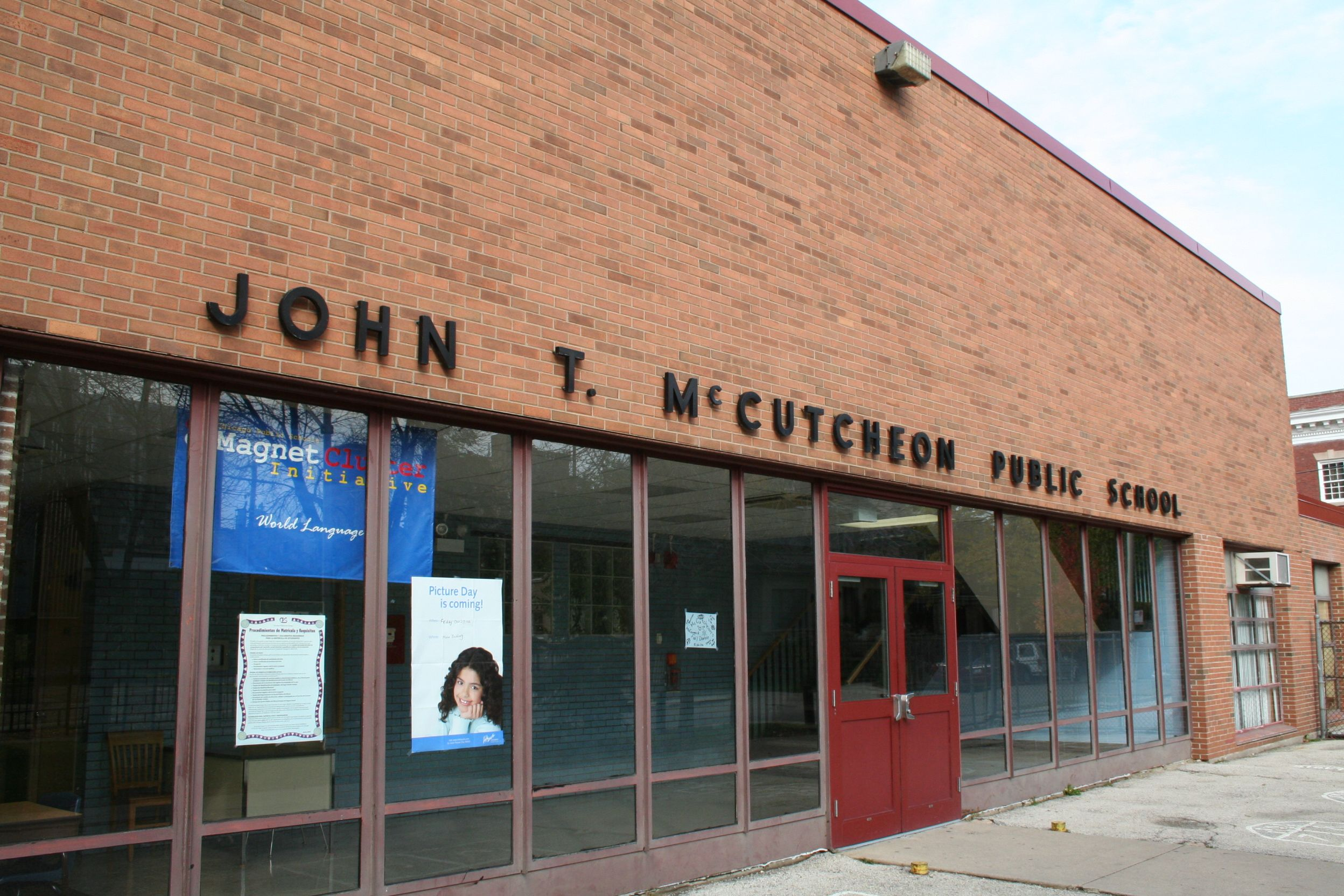 featured image John T McCutcheon Elementary School & Branch