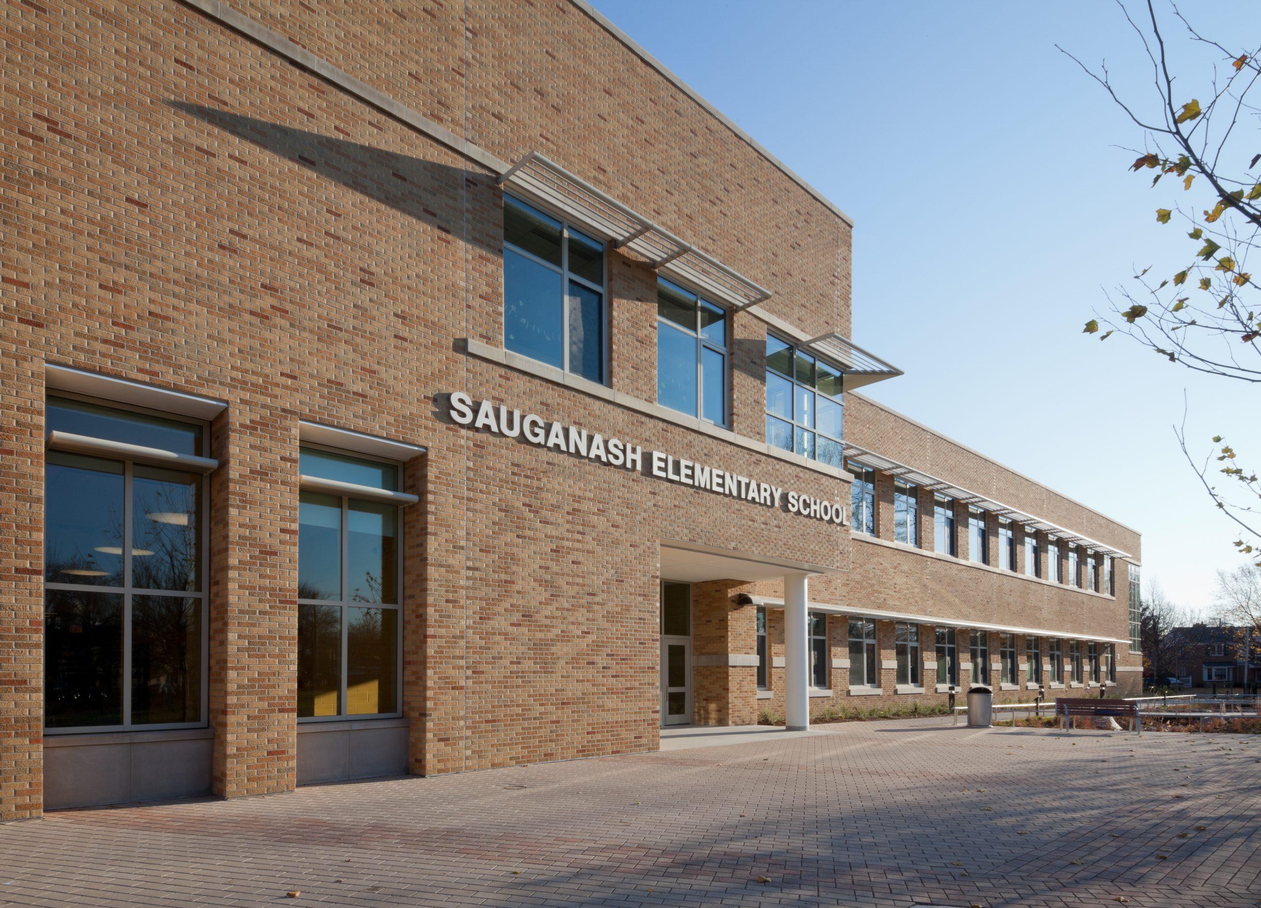 featured image Sauganash Elementary School Annex (Current)